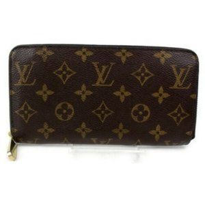 Louis Vuitton Bags - 100% Auth Louis Vuitton Monogram Zippy Wallet
